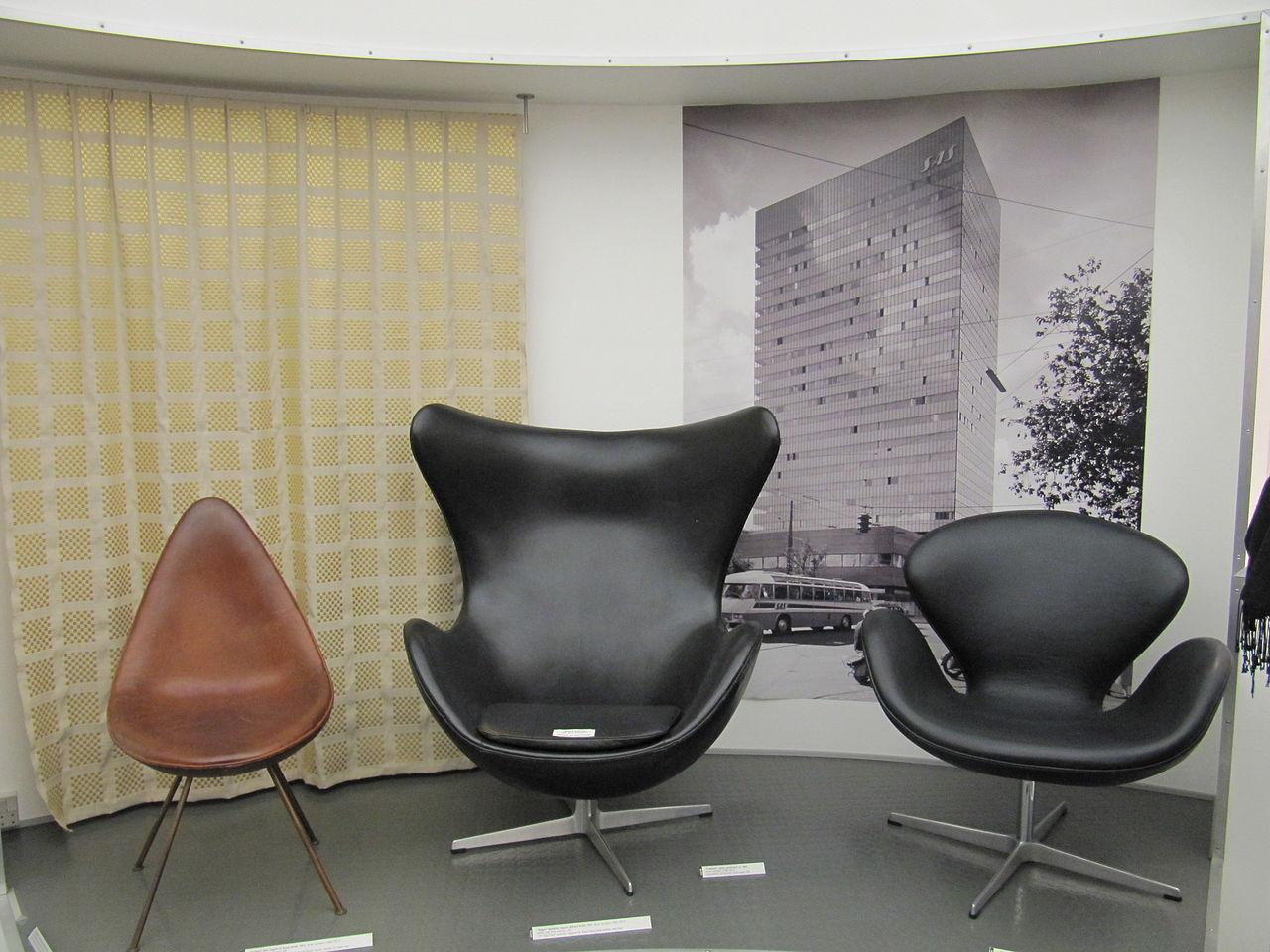 Skandinavisk  design  fra  Arne  Jacobsen  –  den  danske  modernismens  far